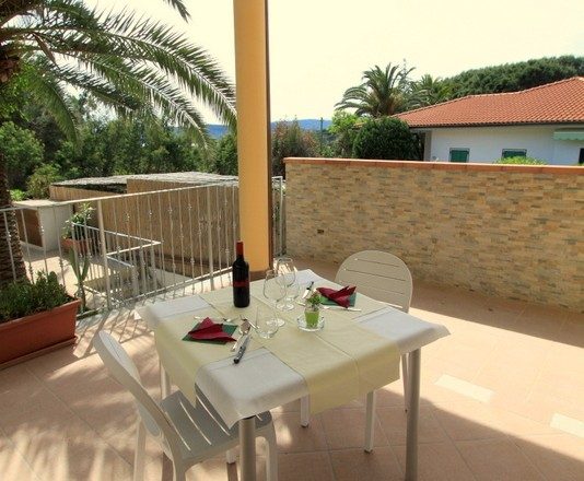 Breakfast room Hotel Villla Wanda Porto Azzurro Elba island sea direction