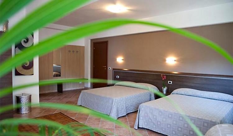 hotel-marinella-10