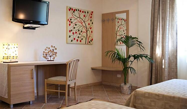 hotel-marinella-12